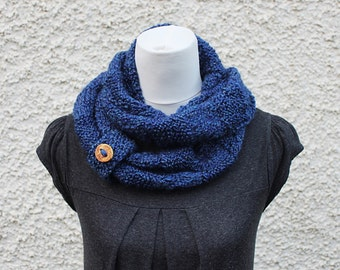 SCARF knitted blue womens, infinity loop scarf, gift hor her, knitwear vegan UK