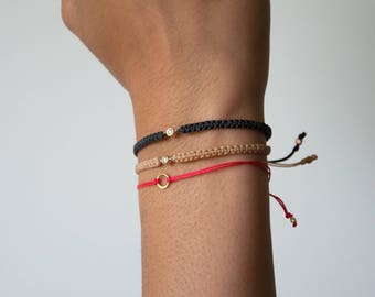 Dainty 14k gold Karma Bracelet - Delicate infinity bracelet - Modern minimalist