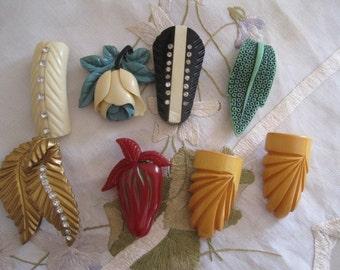 Lot of 8 Vintage Bakelite Plastic Celluloid Dress Clip Pin Brooch