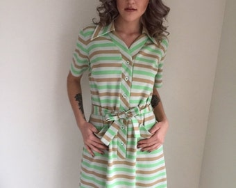 ON SALE vintage 1970s scooter dress striped dress mod plus figure plus size green ivory spring JAN