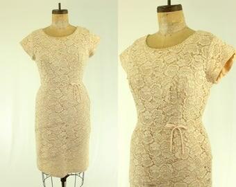 1950's Cream Tiered Lace Dress XL 36 Waist Renmor