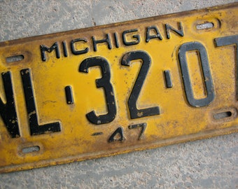 1947 Michigan License Plate