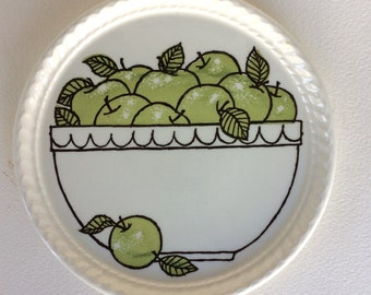 Vintage Royal China Company Green Apple Dessert Plate