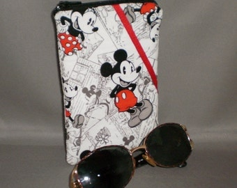 Eyeglass or Sunglasses Case - Padded Zippered Pouch - Mickey Mouse