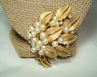 TRIFARI Vintage Golden Leaf Cluster Pin with Tiny sparkling Rhinestones and Faux Pearls.