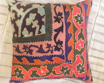"Gorgeous Antique Daghestan Felt Pillow / 18x18"" / 45x45cm"