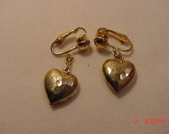Vintage Puffy Heart Dangle Clip On Earrings   17 - 46