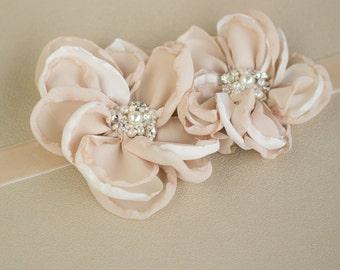 Bridal sash, wedding belt, Floral waist sash, Champagne sash, Vintage belt, Floral bridal sash, floral wedding belt, Wedding belts sashes