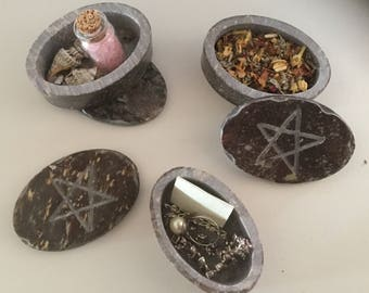 Oval Pentagram Lid Soapstone Box Incense Herbs Wicca Pagan Spirituality Religion Hoodoo Metaphysical MaidenMotherCrone Jewelry Trinket