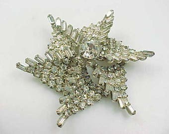 Rhinestone Brooch, Pin, Costume jewelry, Estate, silvertone, starburst, pinwheel