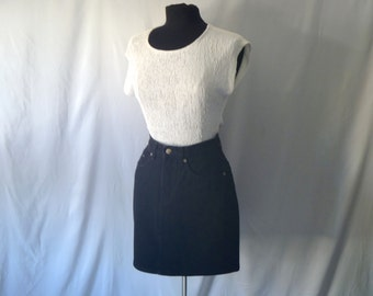 Vintage 90's High-Waisted Black Denim Mini-Skirt by Limited Size 4