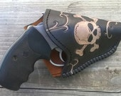 Skull and Swirls holster for snub nose revolver .38 special or .357