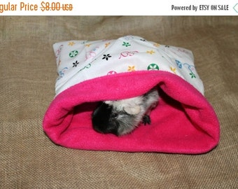 BLOWOUT SALE... Medium Large designer look hot pink pouch for small pets.