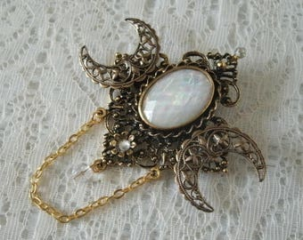 Triple Moon Goddess Brooch Or Cloak Pin, wiccan jewelry pagan jewelry wicca jewelry goddess jewelry witch witchcraft magick wiccan brooch