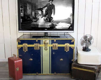Large Blue & Gold Metal Sided Steamer Trunk - Great for TV, Coffee Table, Storage, Decorating!