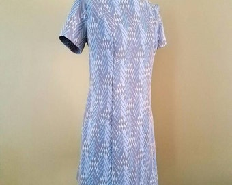 Mod Office Dress with short sleeves size Large
