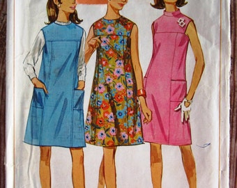 Vintage 1960s Misses One-Piece Sleeveless Dress or Jumper in Two Lengths Size 10 Simplicity Pattern 7080 Cut/Complete