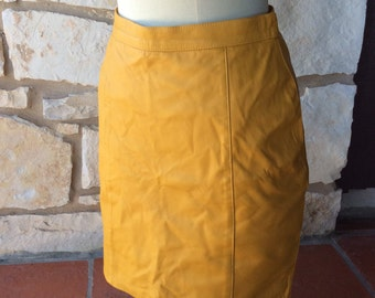 Vintage yellow skirt soft leather 12