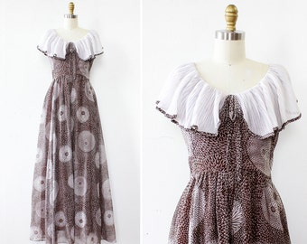 70s Maxi Dress XS/S • Vintage Floral Dress • Floor Length Dress • Ruffle Dress • Miss Elliette Boho Dress • Cotton Maxi Dress | D953