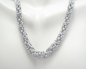 ON SALE Emi Chainmaille Necklace