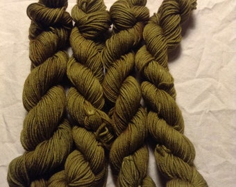 "Calliope Tasters ""Strong to the Finich"" Superwash Merino 87 yards/20g NEW BASE"