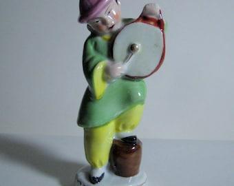 "Vintage Porcelain Figurine, Asian Figurine, Made in Occupied Japan, 4 1/2""  (CM)"