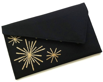 Black and Gold Envelope Clutch Bag - Black and Gold Glitter Bursts Fireworks New Years Eve Clutch