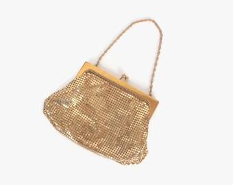 Vintage 30s WHITING & DAVIS Purse / 1930s Shiny Gold Metal Mesh Evening Bag Purse