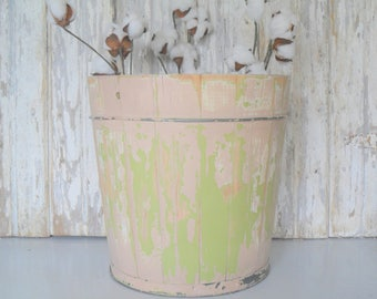 Vintage Wood Bucket, Vintage Ice Cream Bucket, Wooden Pail, Vintage Wood Planter, Antique Bucket, Painted Bucket, Wood and Metal Bucket