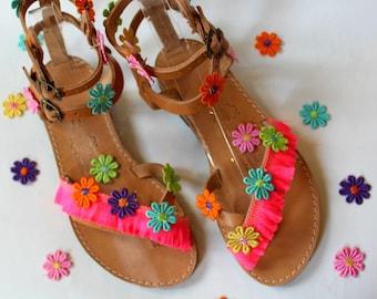 SALE SIZE 38 US 7-7.5 Boho Sandals/Leather Gladiator Sandals, Womens gladiator/Flower sandals/Boho/Indie/sandales grecques, sandales femmes