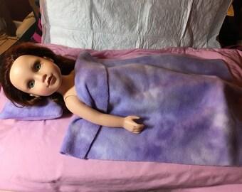 Lavendar & white modeled bedding set for 18 inch dolls - agfb26