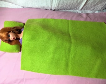 Solid lime green Fleece bedding set for male & female Fashion Dolls - bsb31