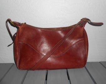 Vintage 1960s RARE TRAFALGAR oxblood leather shoulder bag
