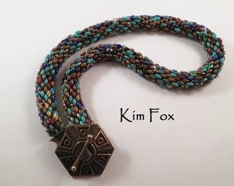 Tutorial for SuperDuo Spiral Necklace by Kim Fox
