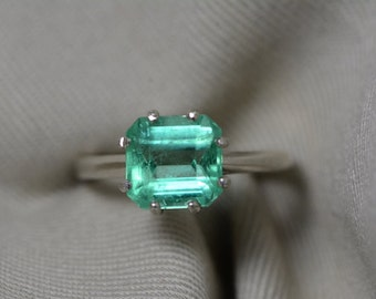 Emerald Ring, Colombian Emerald Solitaire Ring 2.58 Carats Appraised At 2,050.00, Sterling Silver, Real Emerald Jewelry. Size 7