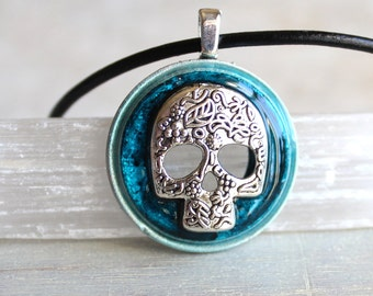 blue sugar skull necklace, skull jewelry, day of the dead, unique gift, womens gift, calavera necklace, flower skull, clavier jewelry