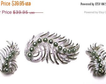 "ON SALE Vintage 50's Sarah Coventry ""Feather Fantasy"" Pin Brooch and Earring Set"