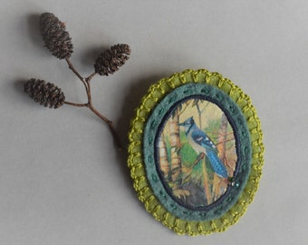 green felt brooch with blue bird - natural history brooch pin - woodlands lover gift - lightweight brooch - blue bird felt brooch
