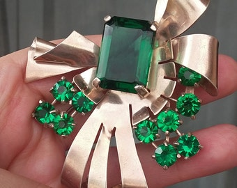 Vintage Retro Sterling Silver and Emerald Green Bow Brooch