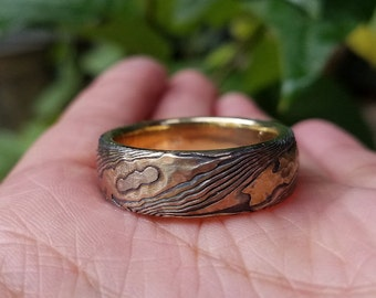 Rustic Hammered gold wood grain wedding band tri gold with etched sterling mokume gane for Vintage look and feel