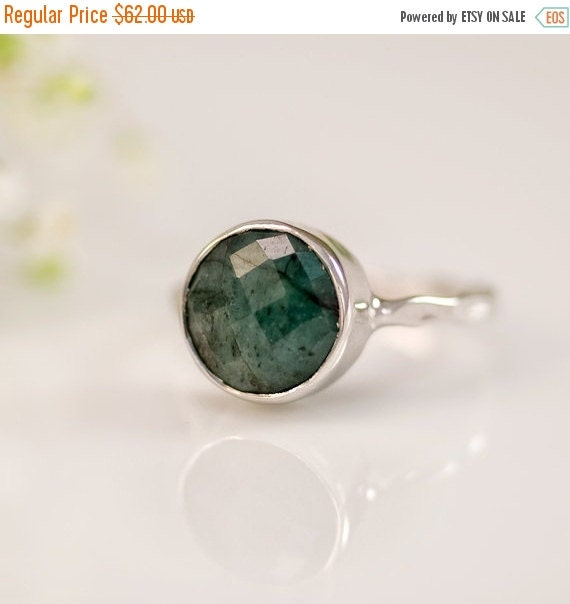 SALE - Raw Emerald Ring Silver - May Birthstone Ring - Gemstone Ring - Stacking Ring - Sterling Silver Ring - Round Ring