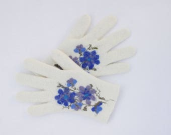 Felted Gloves Merino wool White Blue Floral
