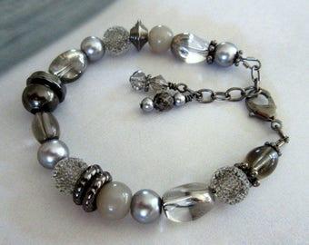 Gray Glass and Gunmetal Bead Bracelet, Gray Bracelet, Smoky Gray Glass and Gunmetal Bead Bracelet, Mango Tease, FREE US SHIPPING