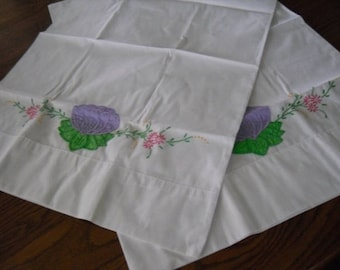 Vintage Pillowcases Embroidered Poly Cotton Blend PAIR, Pillowslips, Bedding