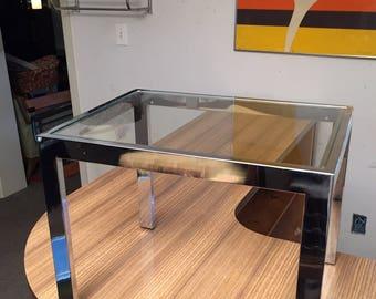 Mid-Century Modern Chrome side table - Design Institute of America Milo Baughman for DIA