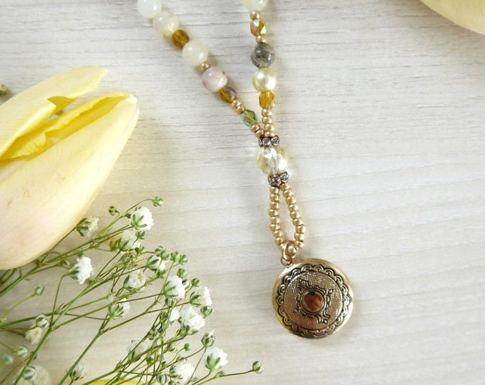 Lara-locket-necklace