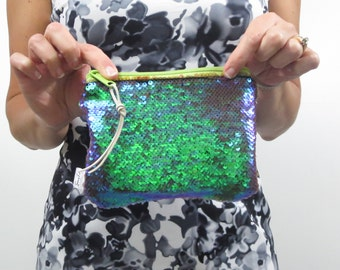 mermaid purse. sequin clutch. two tone green and purple mermaid sequins. small purse zipper pouch.