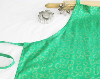Gold Shamrocks Adult Apron