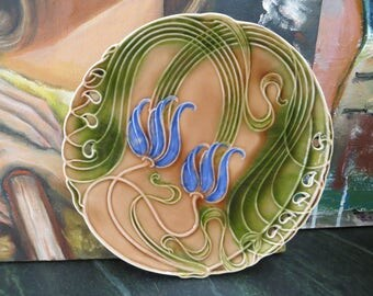"""Vintage Majolica Plate Villeroy & Boch / German Art Nouveau pierced surface / 1920 to 1950 / 7 3/4"""" in Great condition"""