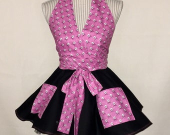 Pink skull apron
